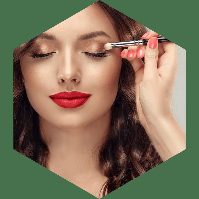 mehr Informationen zu Malu Wilz Make-up